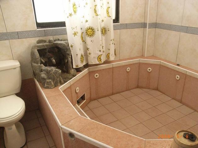家庭湯池房 4